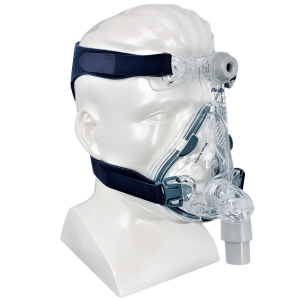 Mirage Quattro Mask on Mannequin