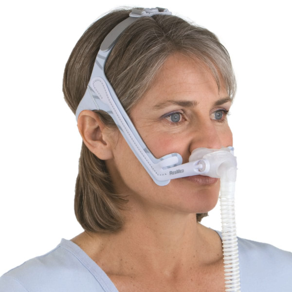 Woman Wearing Swift LT Mask
